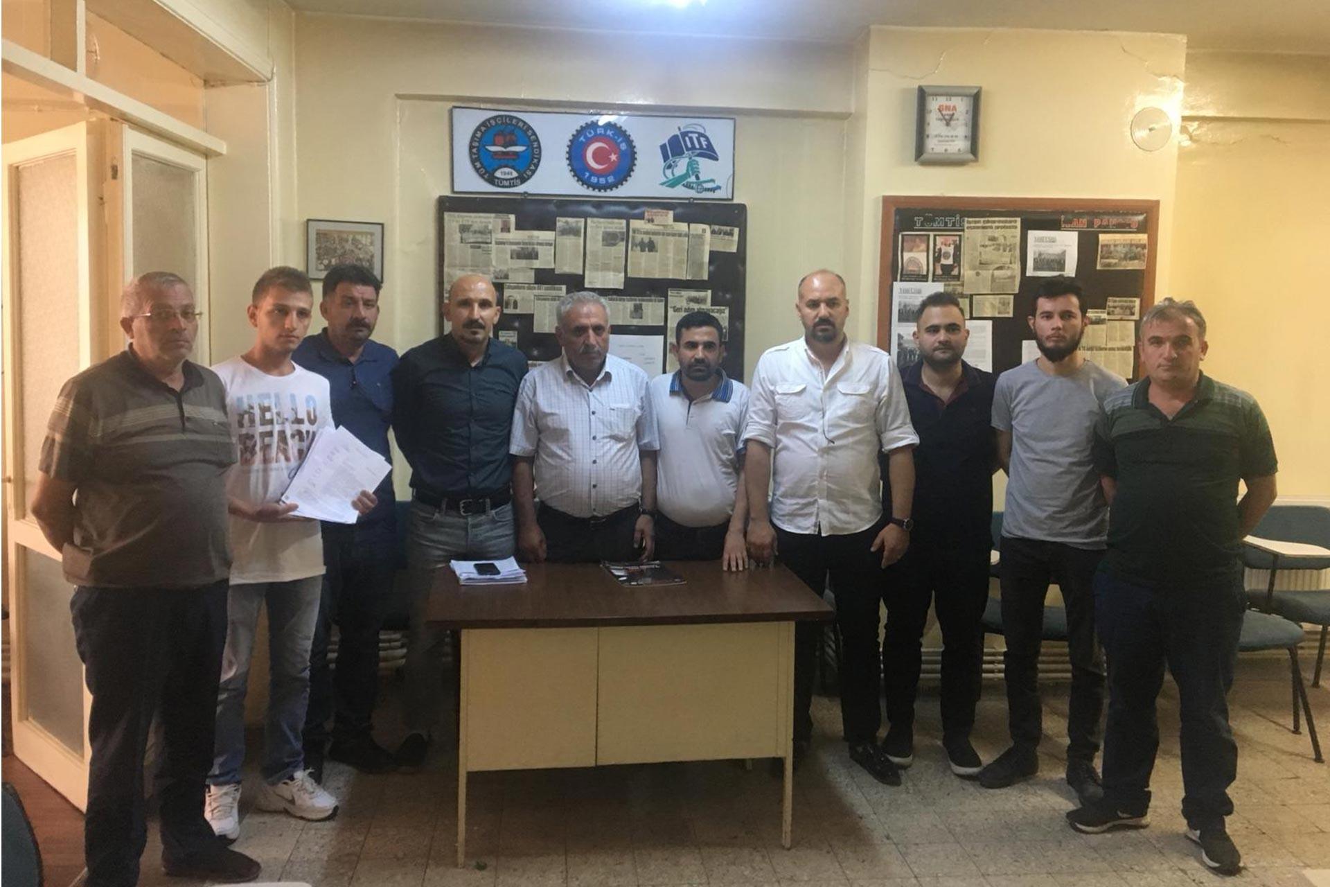Antep'te işten atılan Gazi Ulaş işçileri 14 aydır işsiz