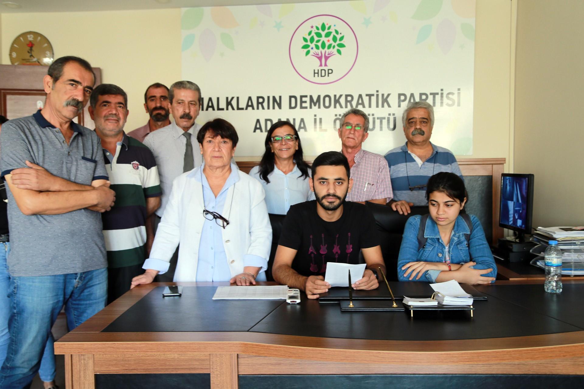 Adana'da Kürtçe tiyatro oyunu 'güvenlik' gerekçesiyle yasaklandı
