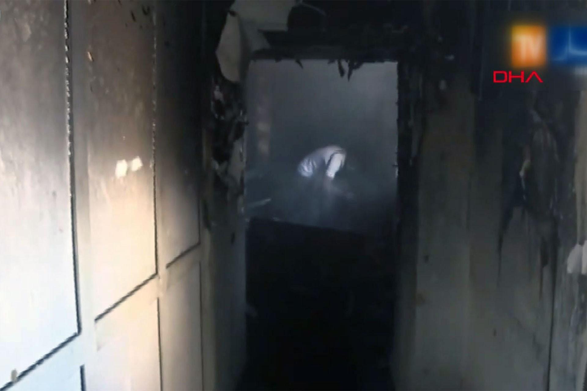 Cezayir'de hastanede yangın: 8 bebek öldü
