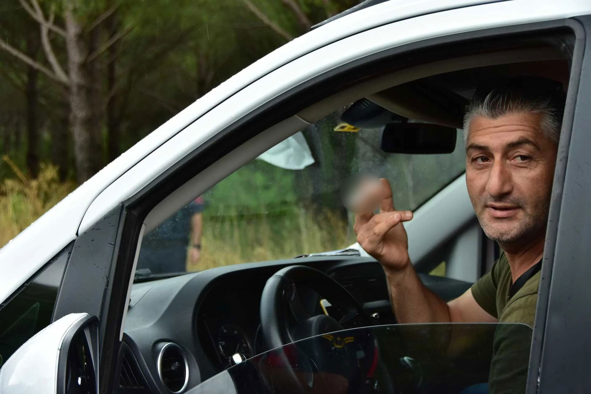 Arabada sigara içme cezası şakınlıkla karşılandı: 'Ciddi misiniz?'