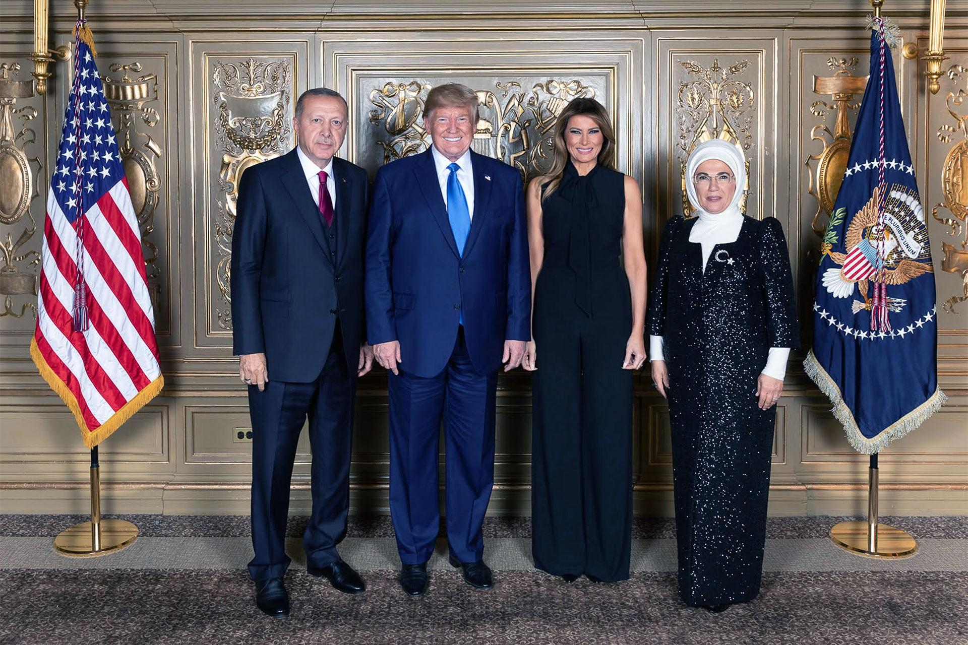 Trump 28 liderle görüştü; Erdoğan'la sadece poz verdi