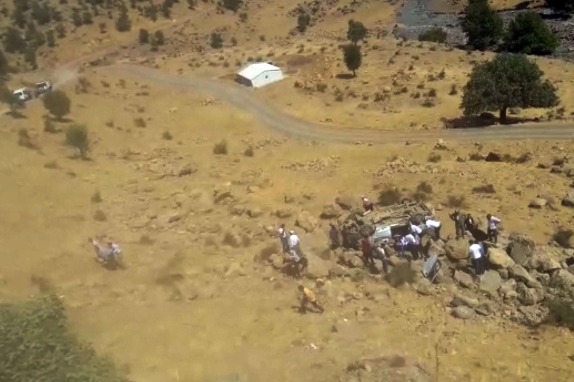 3 ilde okul servisleri kaza yaptı: 2 öğrenci yaşamını yitirdi, 13 kişi yaralandı