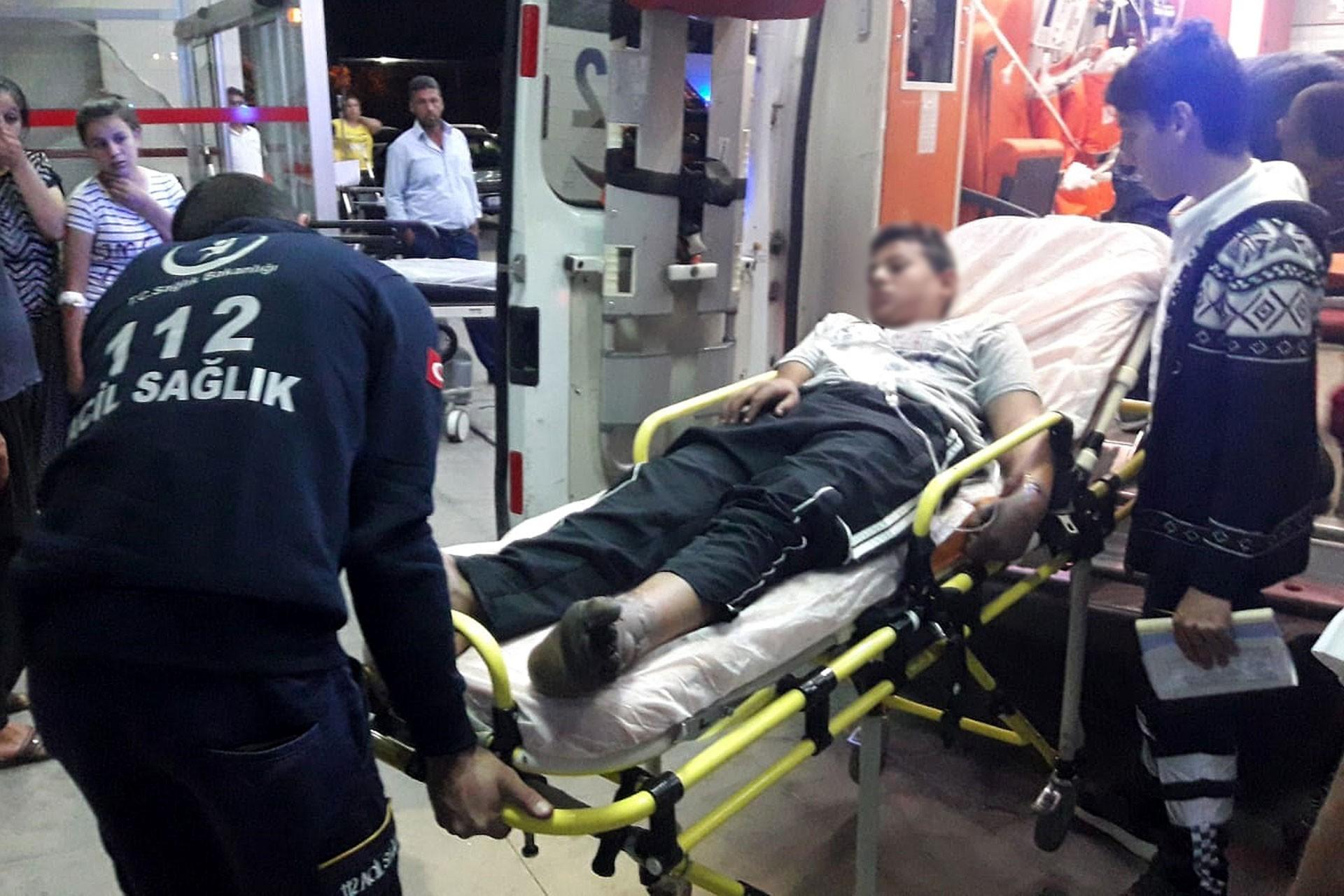 Yüksek gerilim hattına dokunan çocuk akıma kapılarak yaralandı