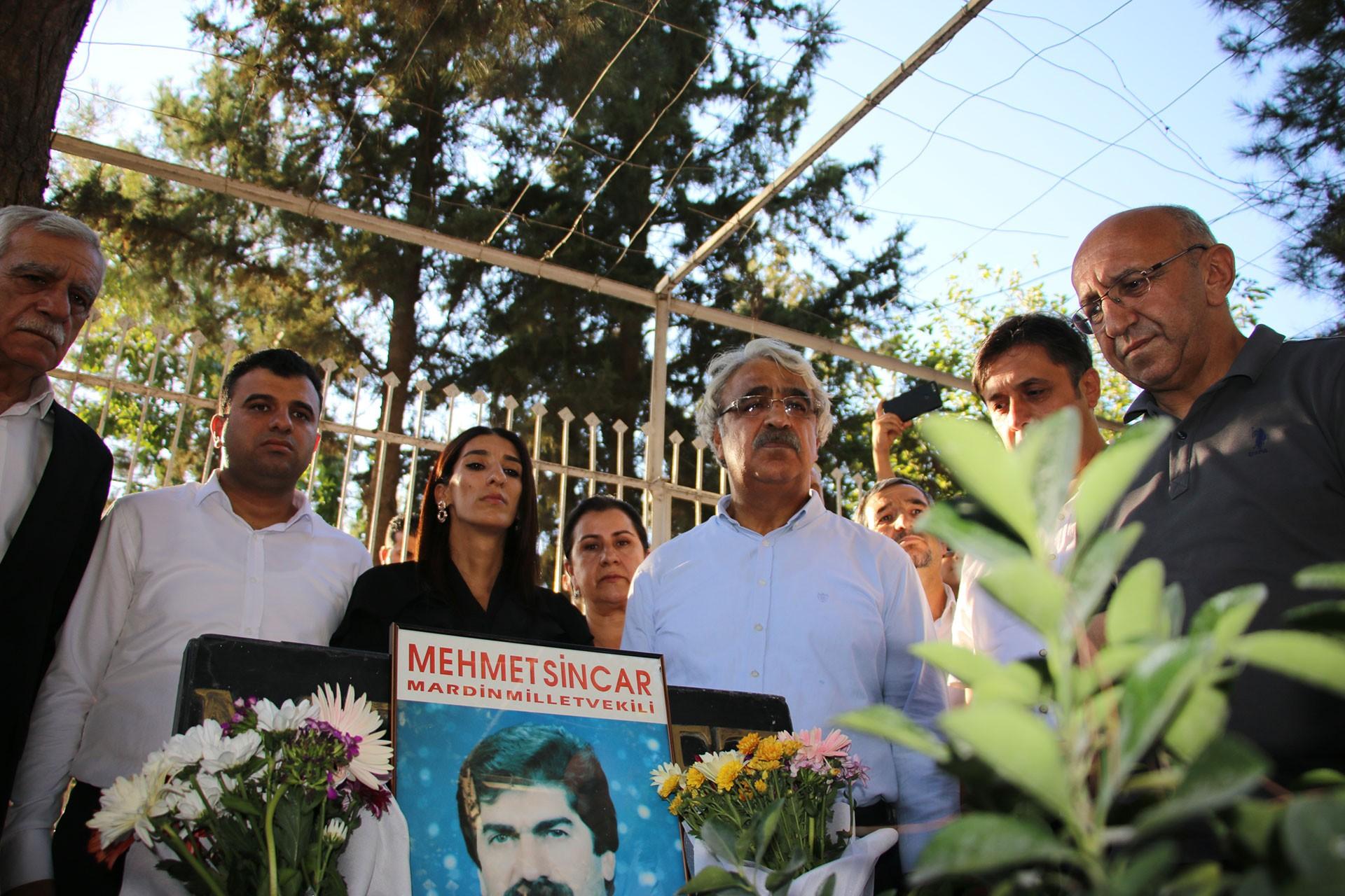 1993 yılında öldürülen DEP Milletvekili Mehmet Sincar'ın davası ertelendi