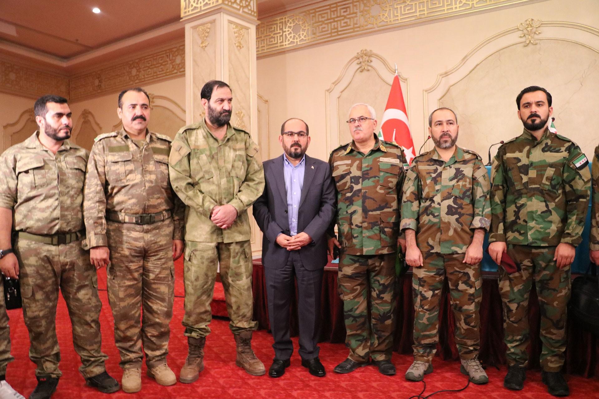 Suriye'deki cihatçılar 'Suriye Milli Ordusu' kurdu, açıklamayı Urfa'da yaptı!