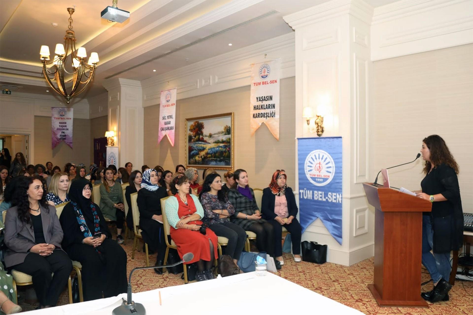 Tüm  Bel-Sen Kadın Meclisi Van'da toplandı