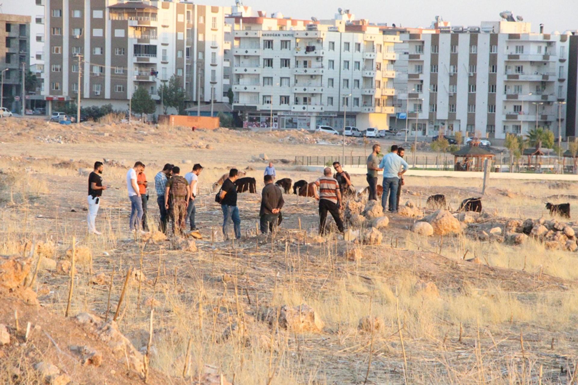 Mardin'de bulduğu cisim elinde patlayan çobanın hayati tehlikesi sürüyor