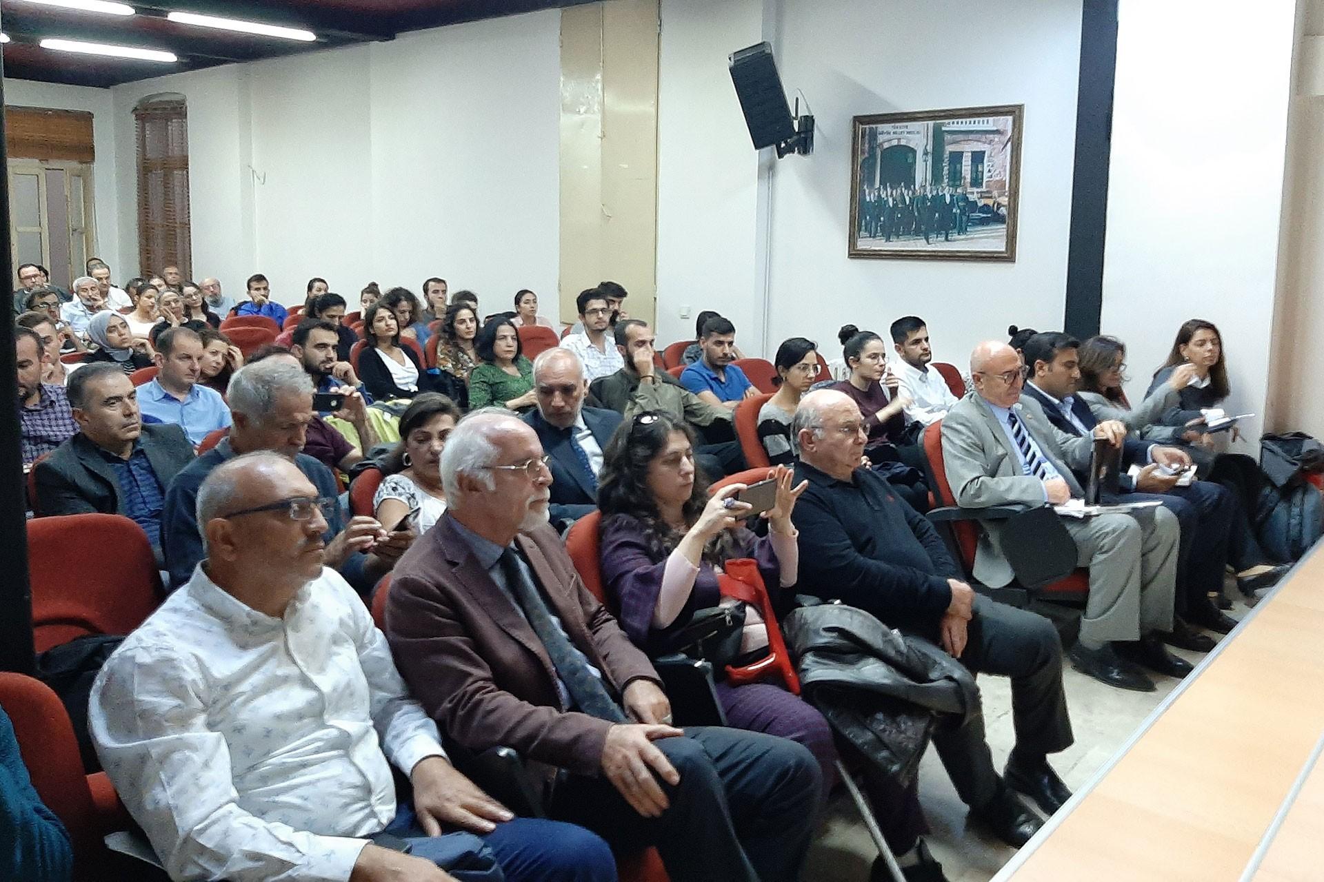 Hukukçulardan 10 Ekim paneli: Devlet sorumluluğunu kabul etmiyor