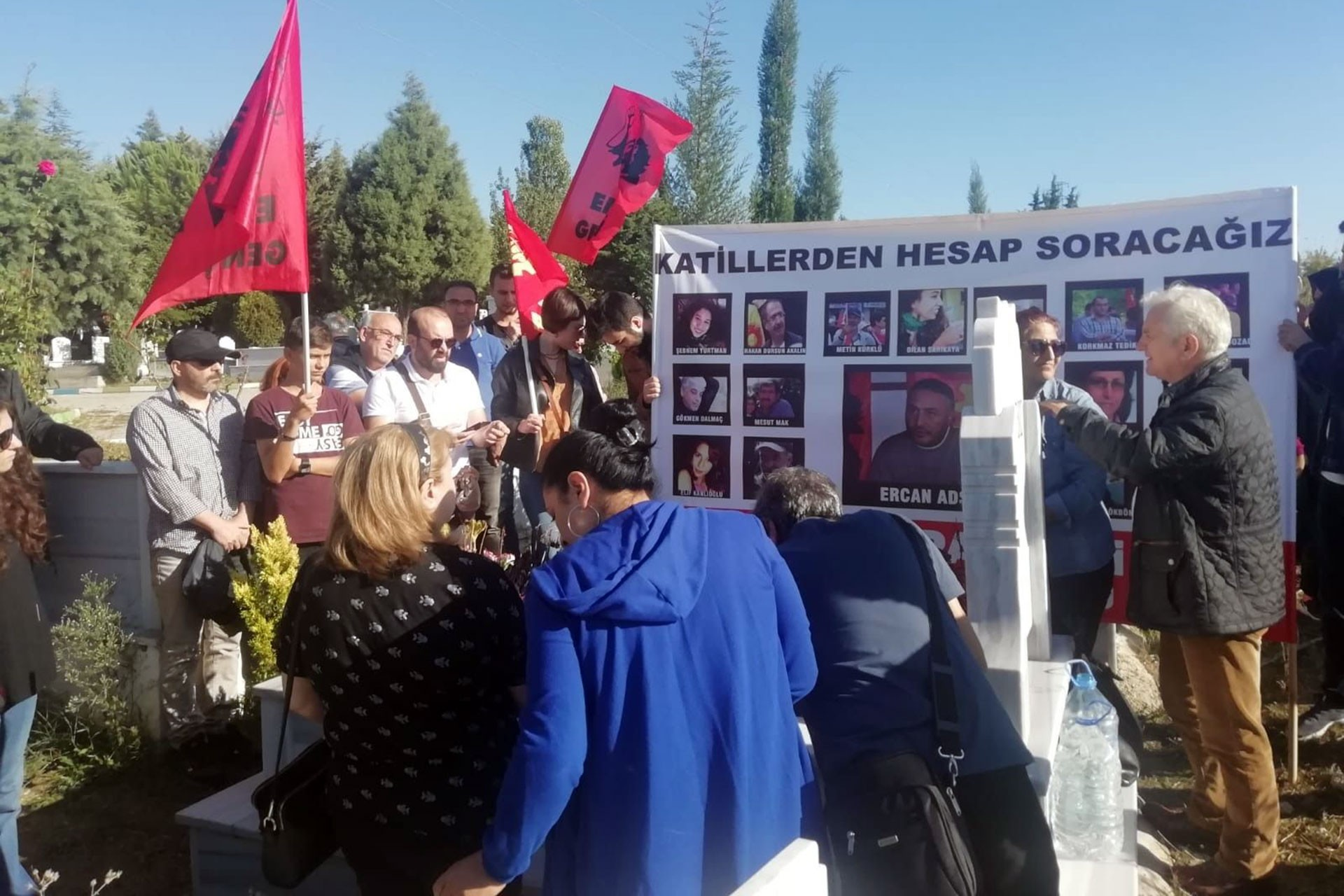 10 Ekim Katliamı'nda yaşamını yitiren Ercan Adsız mezarı başında anıldı