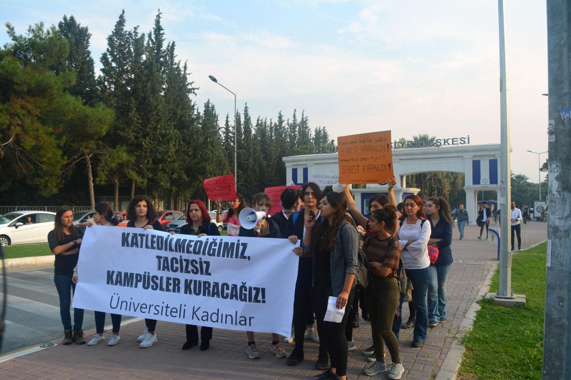 Ege Üniversitesinde kadınlar tacize ses vermeye çağırıyor