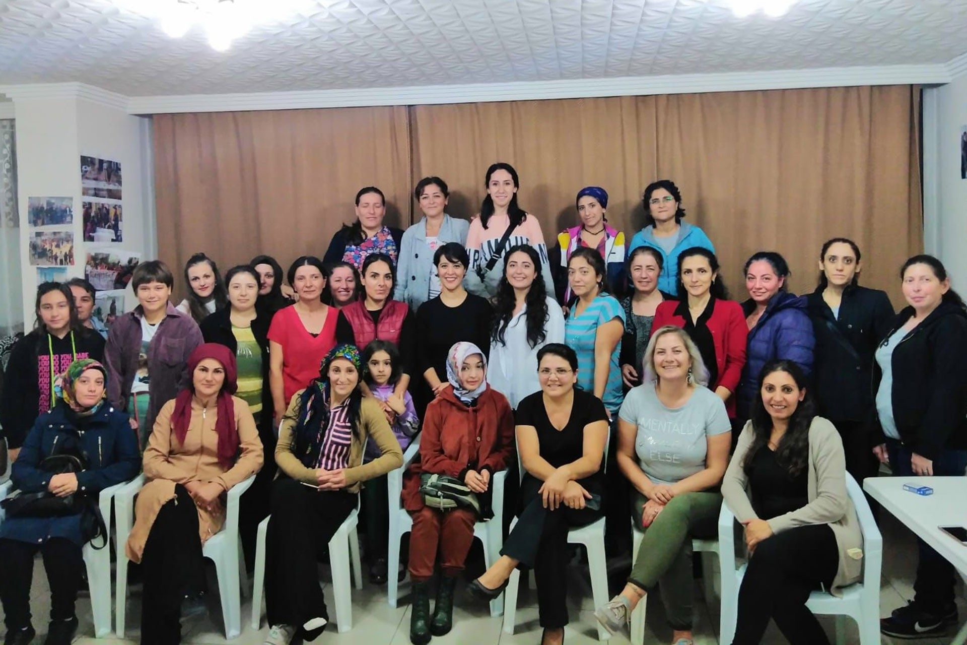 Esenyalı'da kadınlar Evrensel yazarlarıyla buluştu
