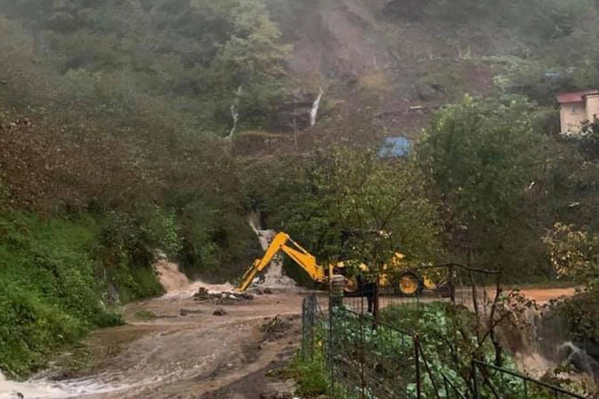 Giresun'da sağanak, sel ve heyelana yol açtı: 1 kişi hayatını kaybetti