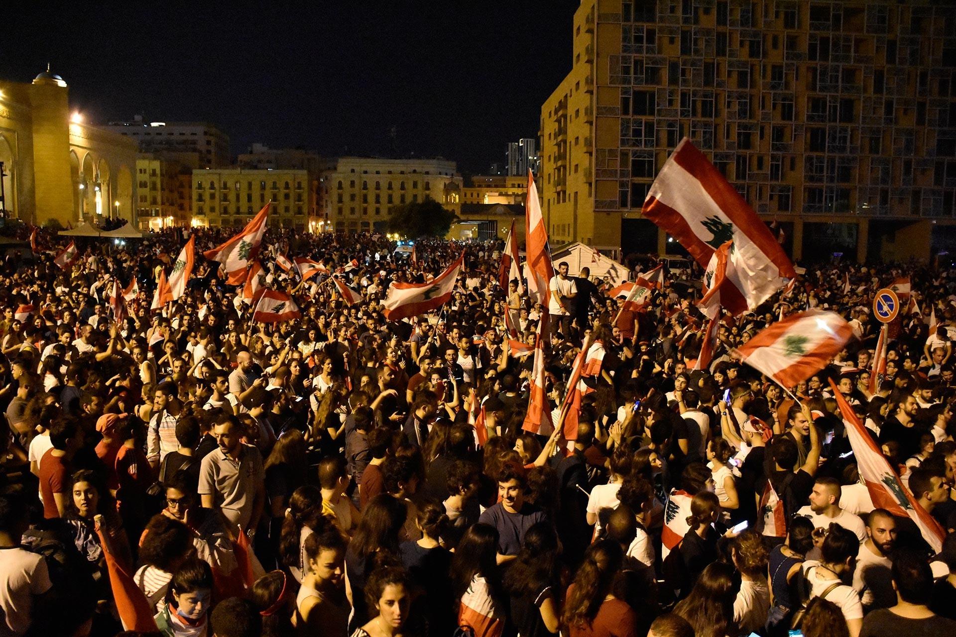 Lübnan'daki protestolarda asker müdahalesi sonucu 9 kişi yaralandı