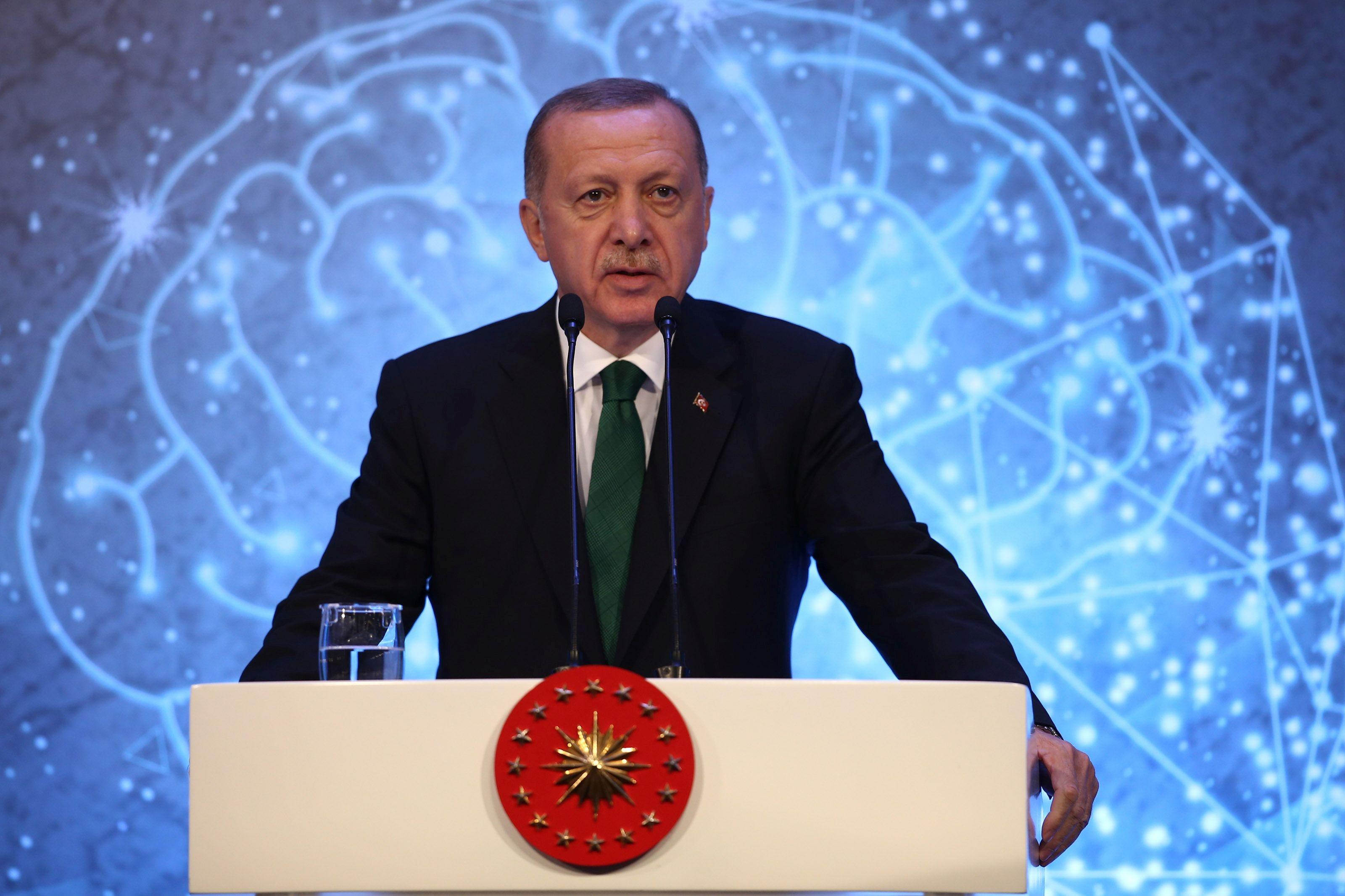 Erdoğan: Gerekirse Tel Abyad ile Rasulayn arasında bir mülteci şehri biz kuracağız