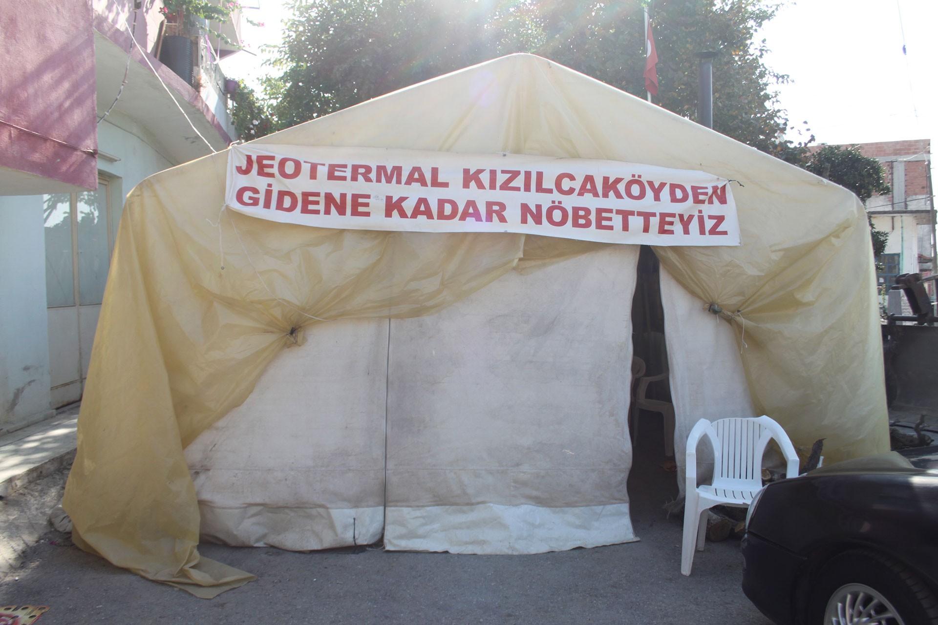 Kızılcaköy'de köylülerin JES'e karşı kurduğu çadır