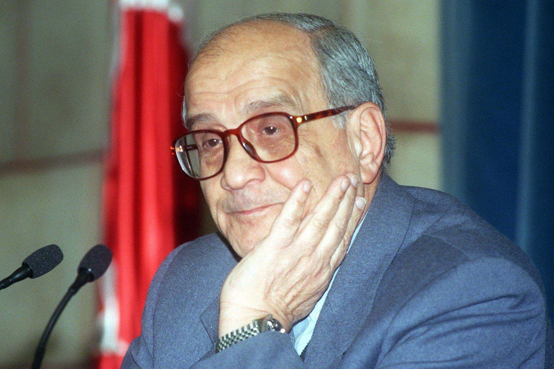 Prof. Dr. Mümtaz Soysal 90 yaşında hayatını kaybetti