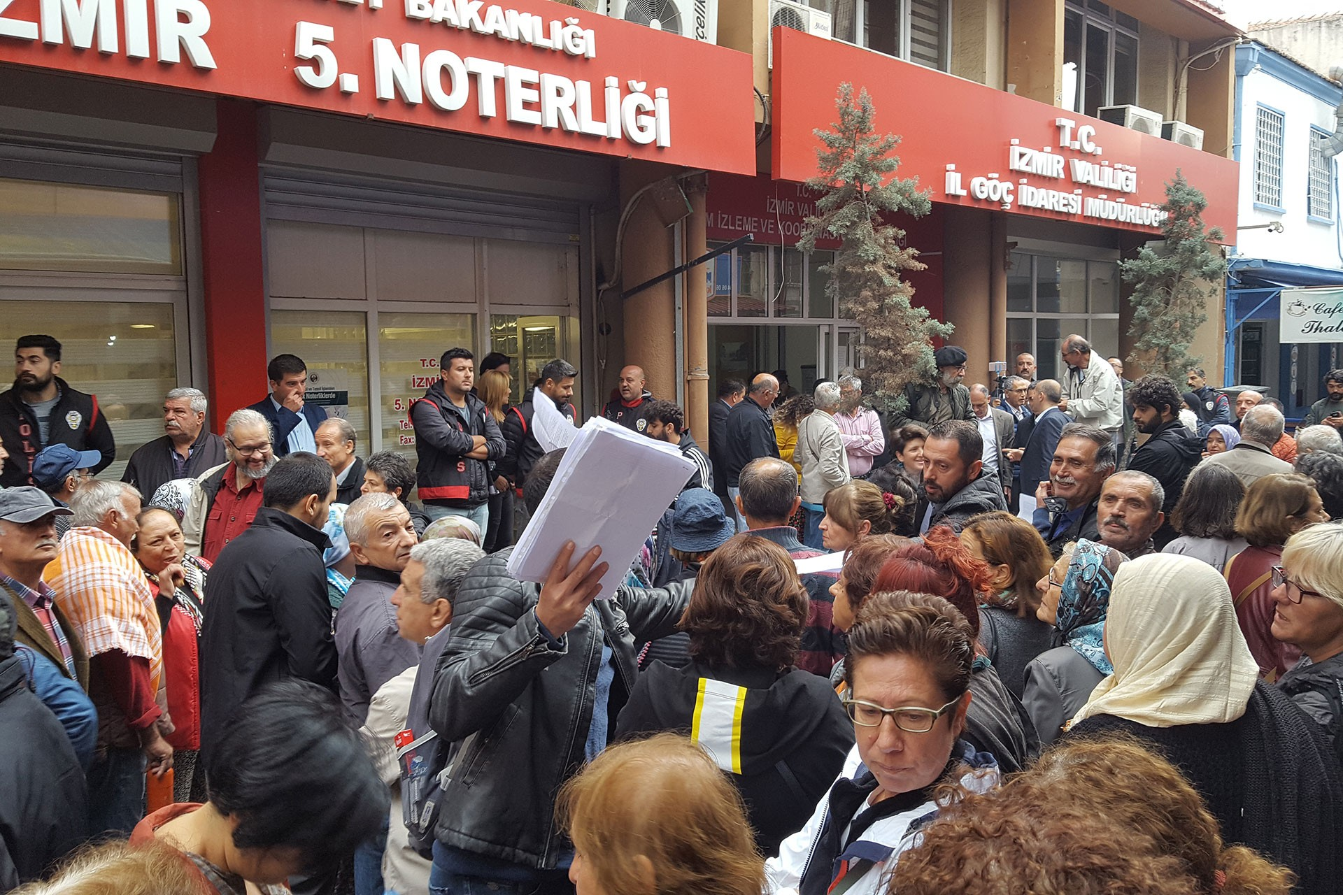 İzmir'de JES ihalesine karşı çıkan imza toplandı