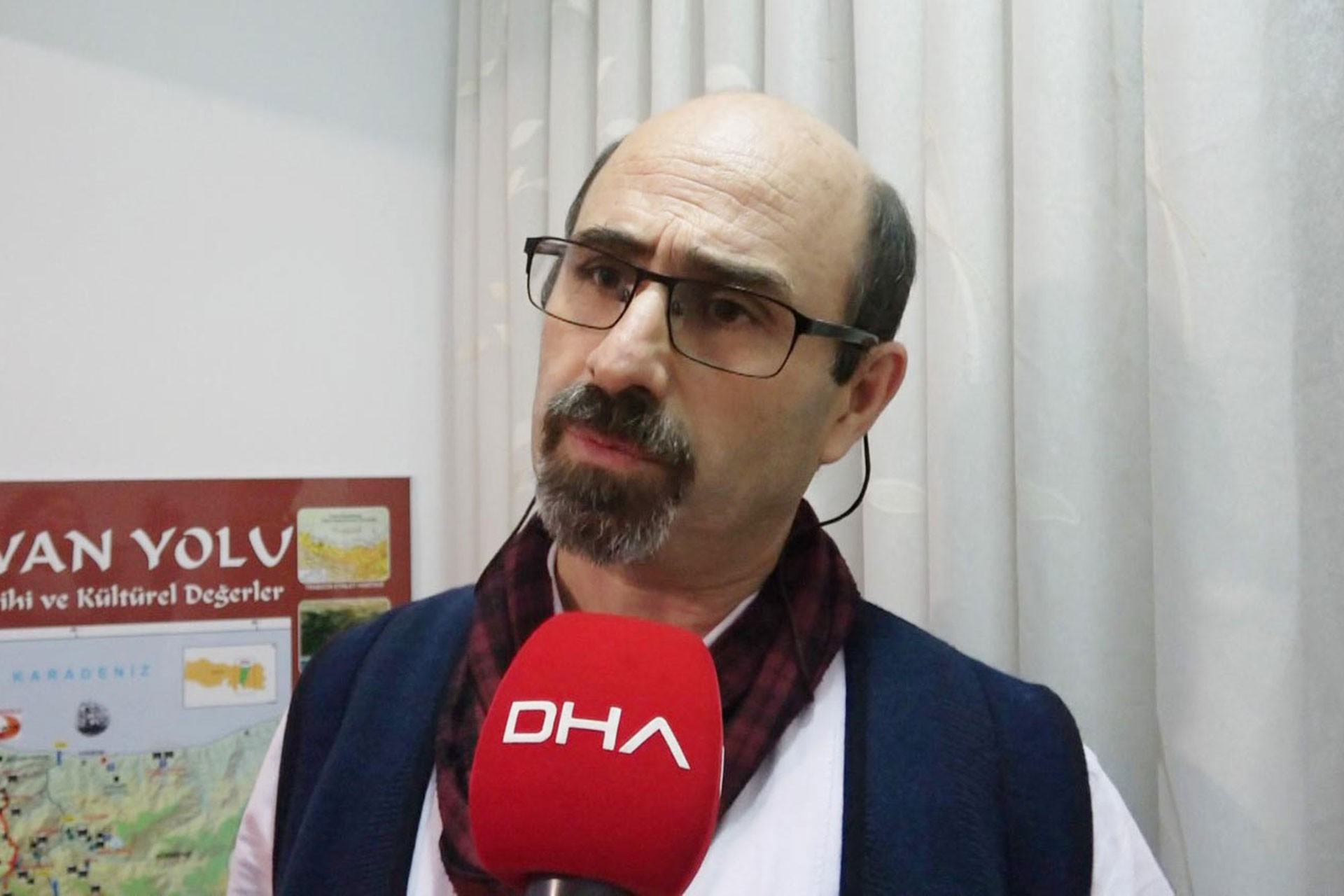 KTÜ Deniz Bilimleri Fakültesi Öğretim Üyesi ve Doğal ve Tarihi Değerleri Koruma Derneği Başkanı Doç. Dr. Coşkun Eruz