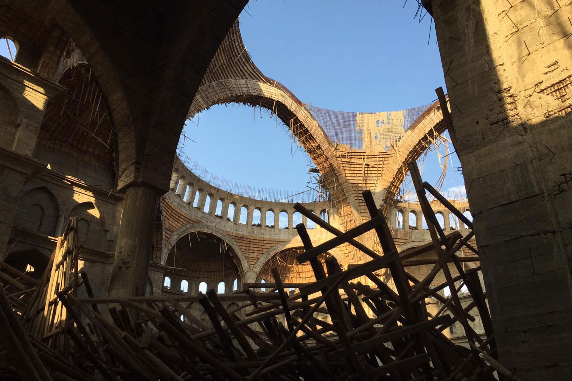 Antep'in Akkent Mahallesi'nde iskelenin çöktüğü cami inşaatı