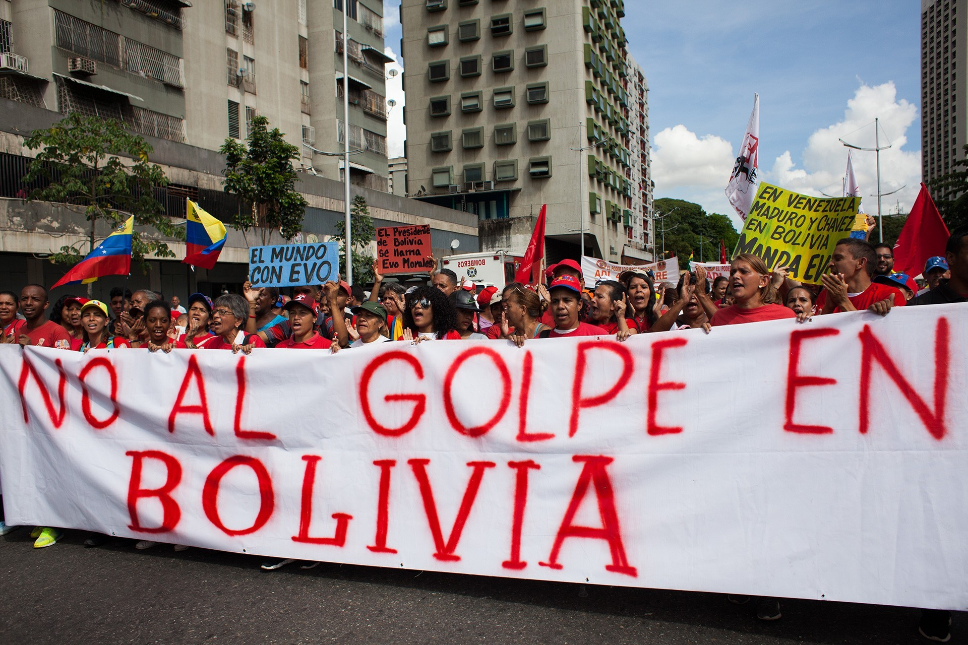 Venezuelans protesting the coup in Bolivia.