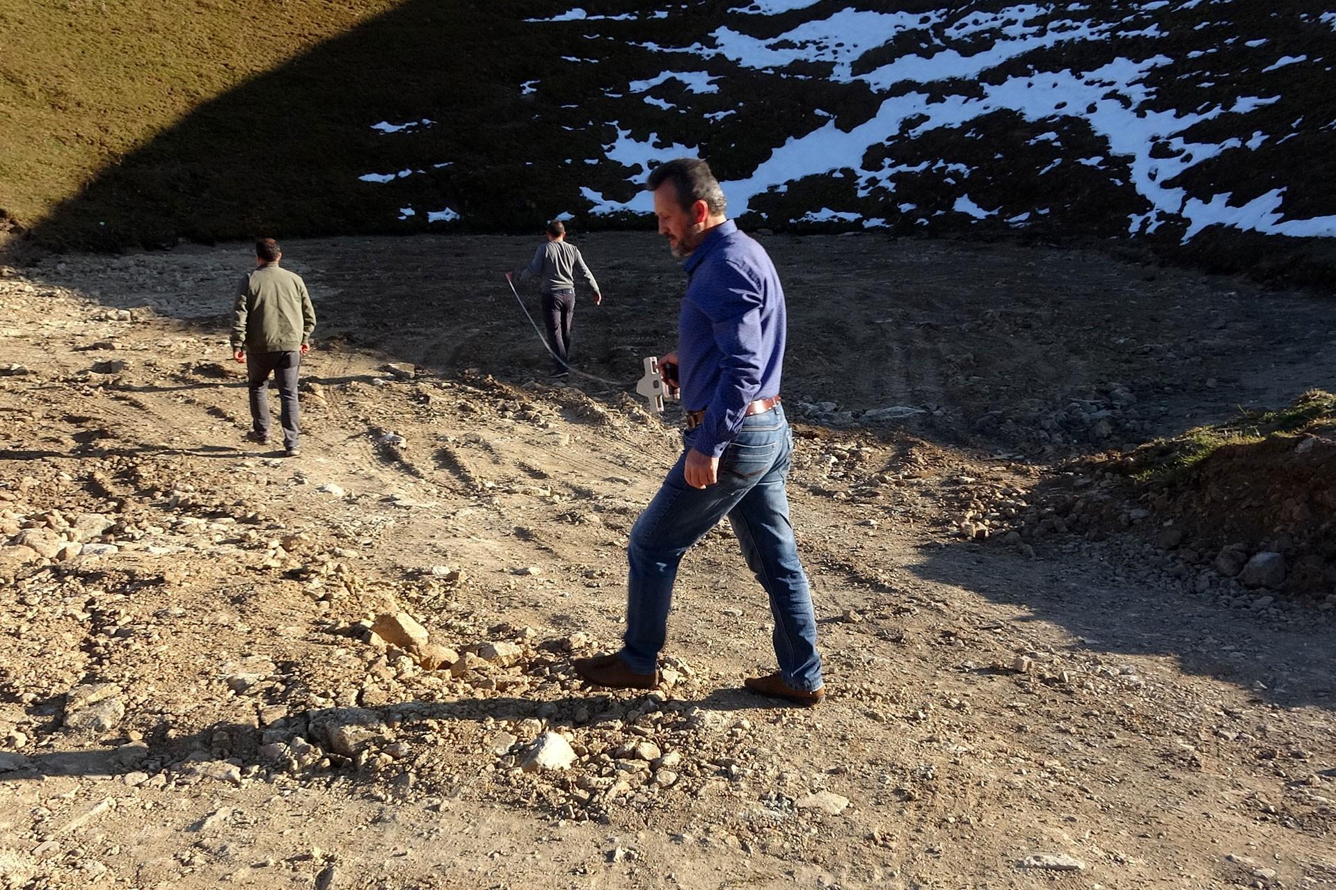Dipsiz Göl'ün üzeri kazı sonrası toprakla örtüldü