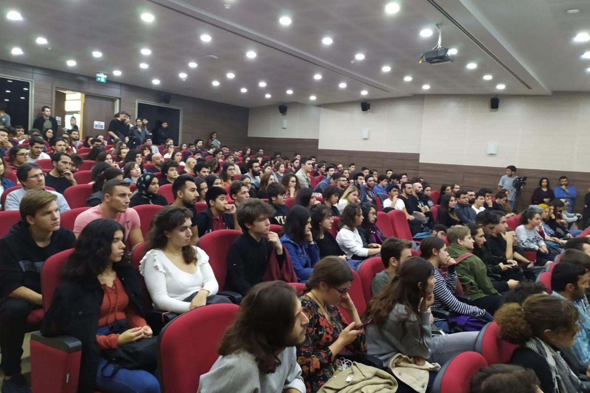 Ege Üniversitesinde felsefe paneli