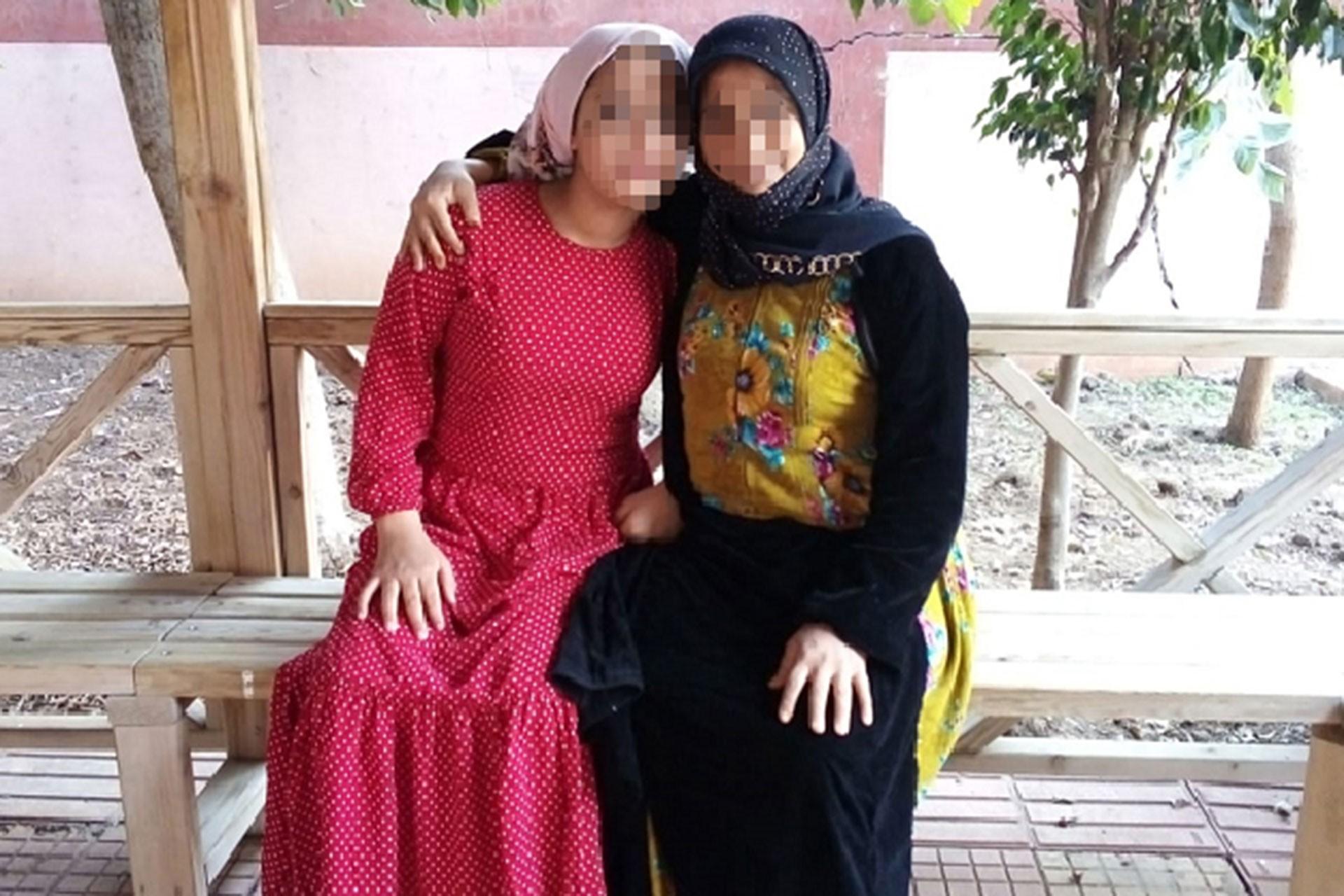 Babasının istismarına maruz kalan çocuk (solda) ve annesi (sağda)