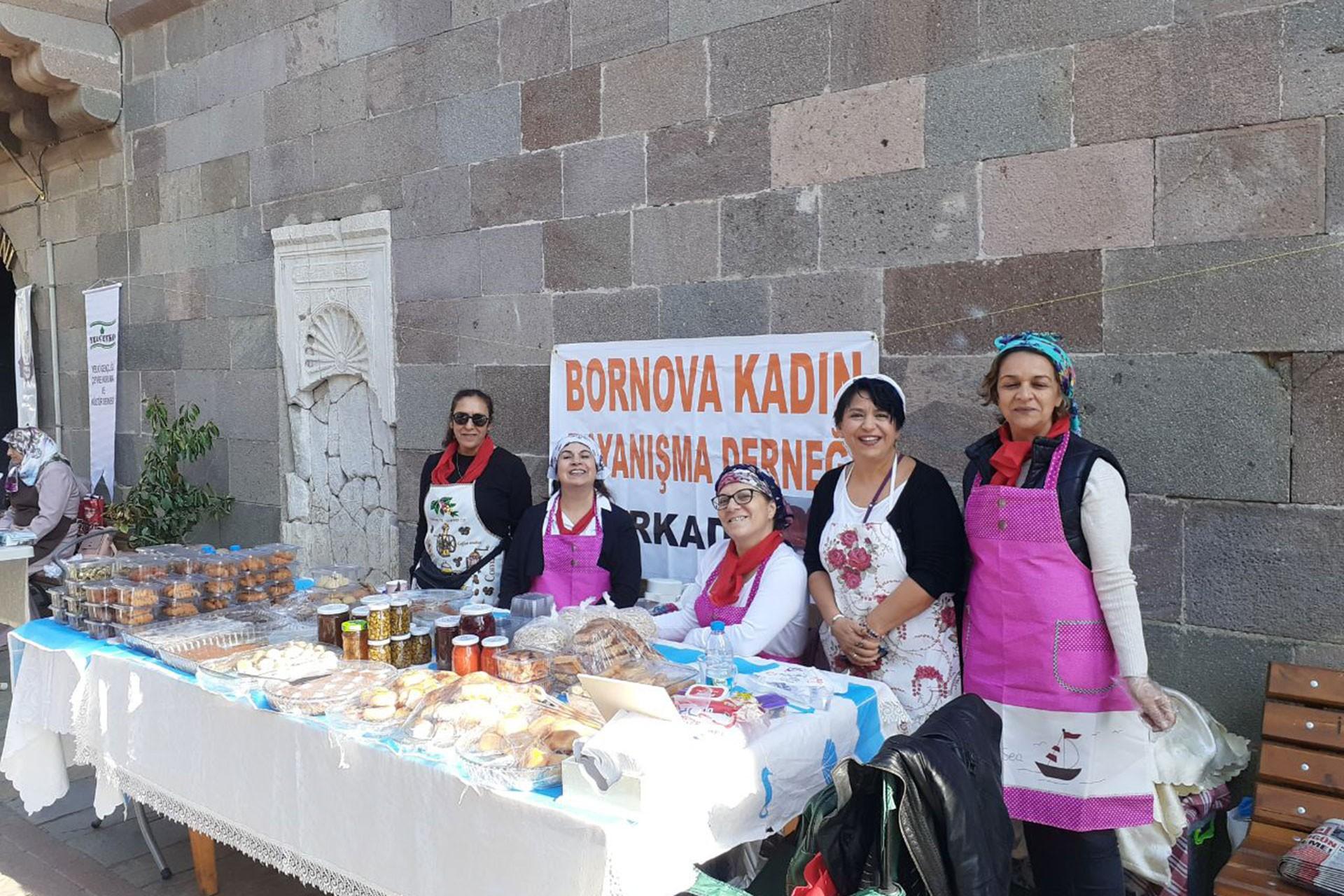 BORKAD ve Yelçevko Derneği üyesi kadınlar