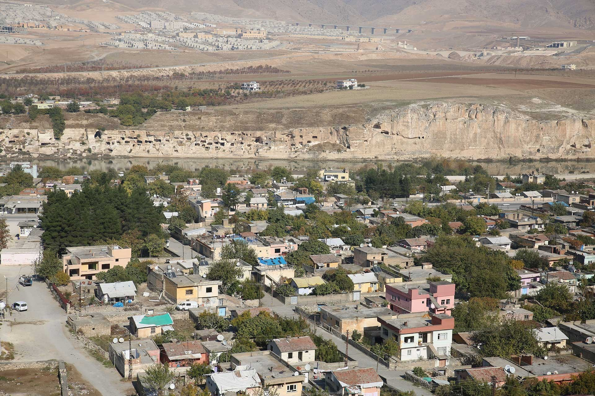 Hasankeyf'teki evlerin yukarıdan görünüşü