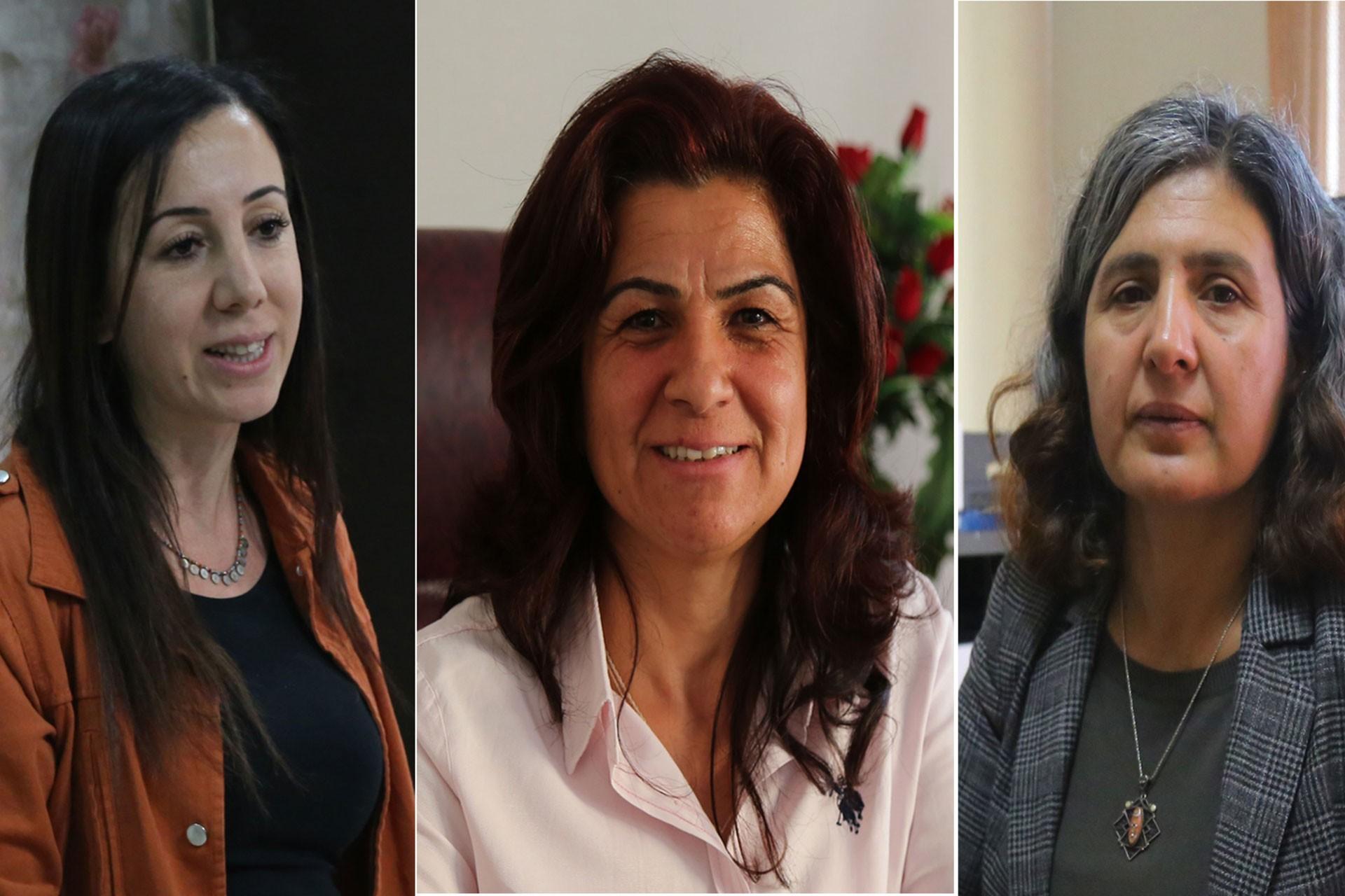 Mazıdağ Belediyesi Eş Başkanı Nalan Özaydın (solda), Derik Belediyesi Eş Başkanı Mülkiye Esmez (ortada) ve Savur Belediyesi Eş Başkanı Gülistan Öncü (sağda)