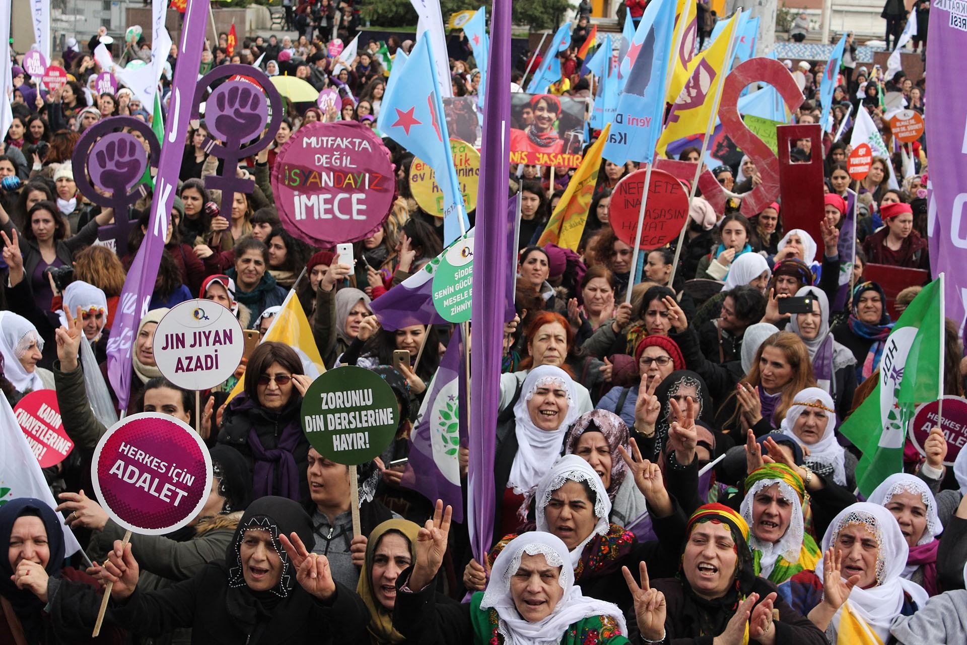 Bakırköy 25 Kasım etkinliği