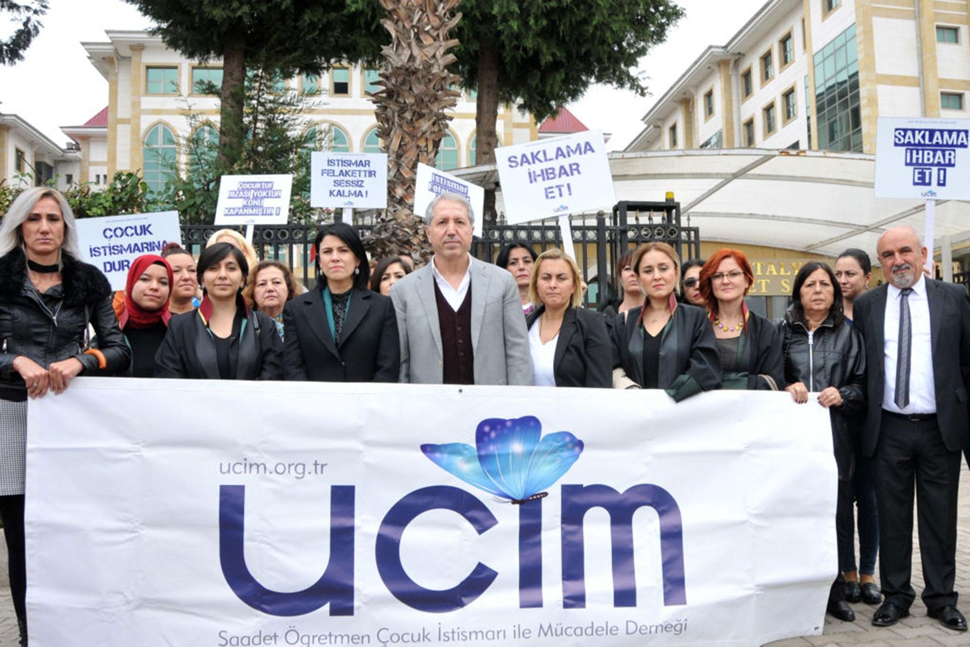 UCİM duruşma sonrası basın açıklaması yaptı.