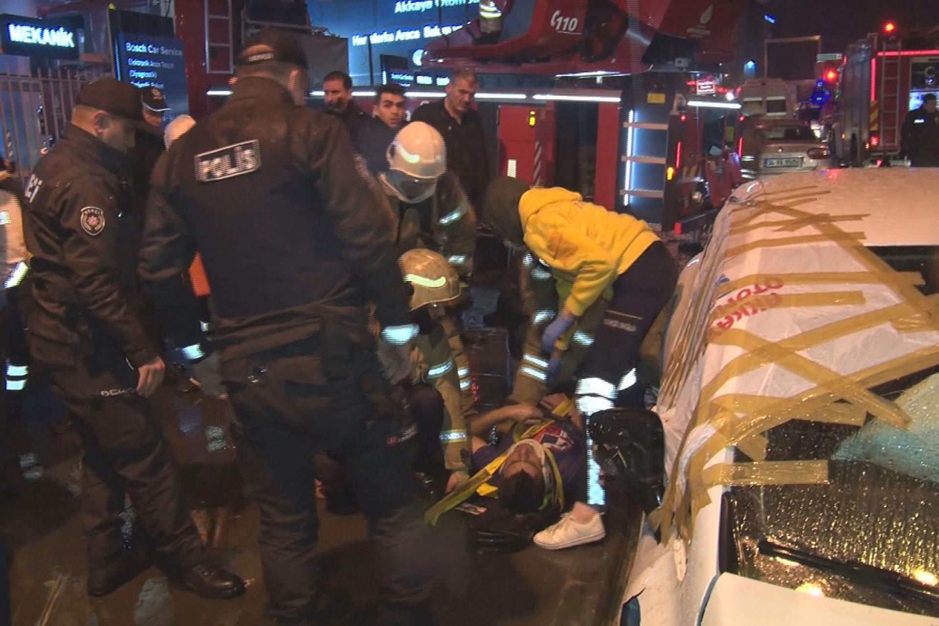 Güngören'de teksil atölyesindeki çıkan yangından yaralanan işçi