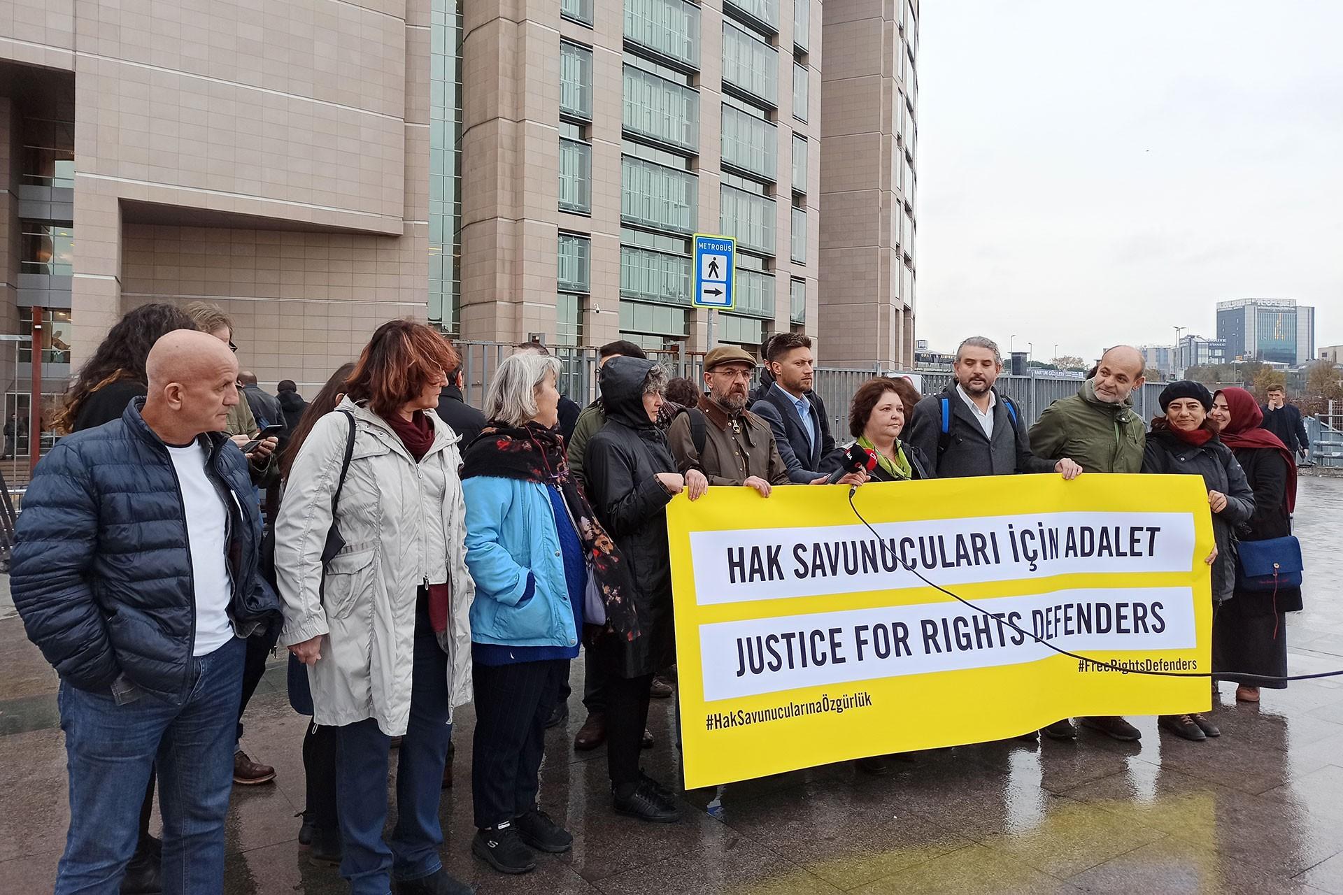 Büyükada davasının durulması öncesi yapılan basın açıklaması