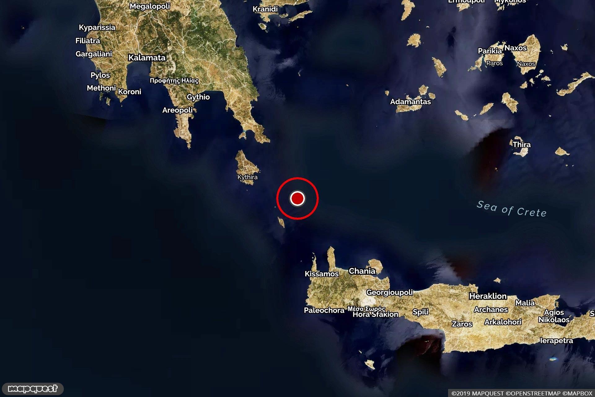 Girit açıklarında meydana gelen depremin merkezini ve çevresini gösteren harita