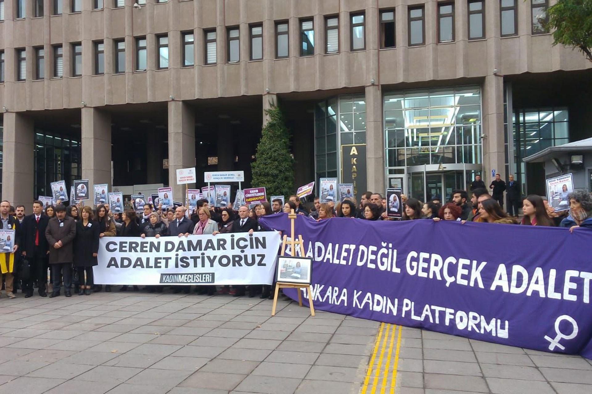 Ceren Damar cinayeti davasının ikinci duruşması öncesi adliye önünde yapılan açıklama