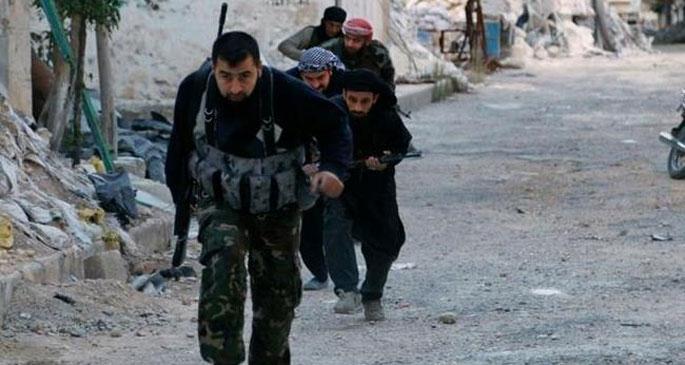 Koalisyon uçakları İdlip'te ilerleyen Nusra'yı vurdu