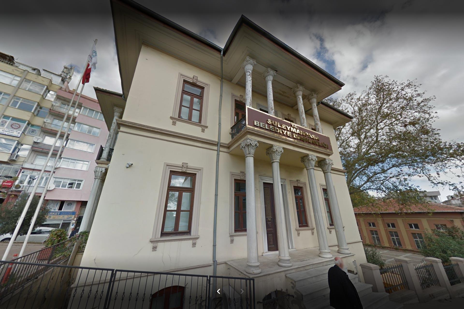 Tekirdağ Süleymanpaşa Belediyesi binası