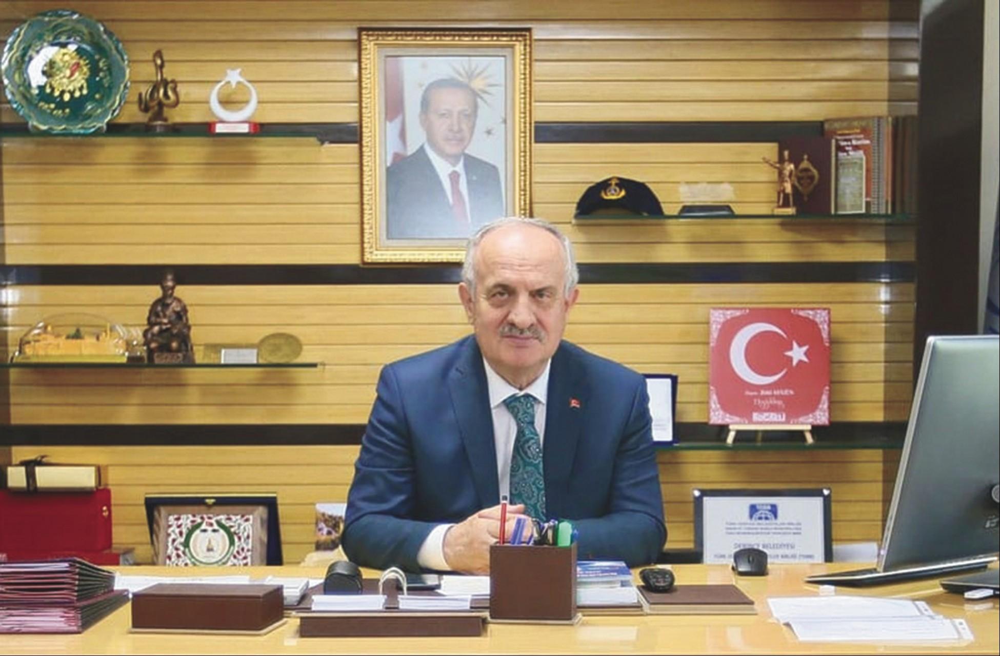Derince Belediye Başkanı Zeki Aygün