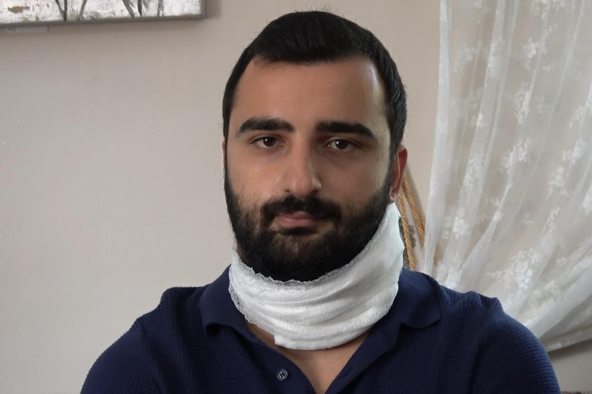 Boğazından yaralanan asistan Dr. Kadir Songür