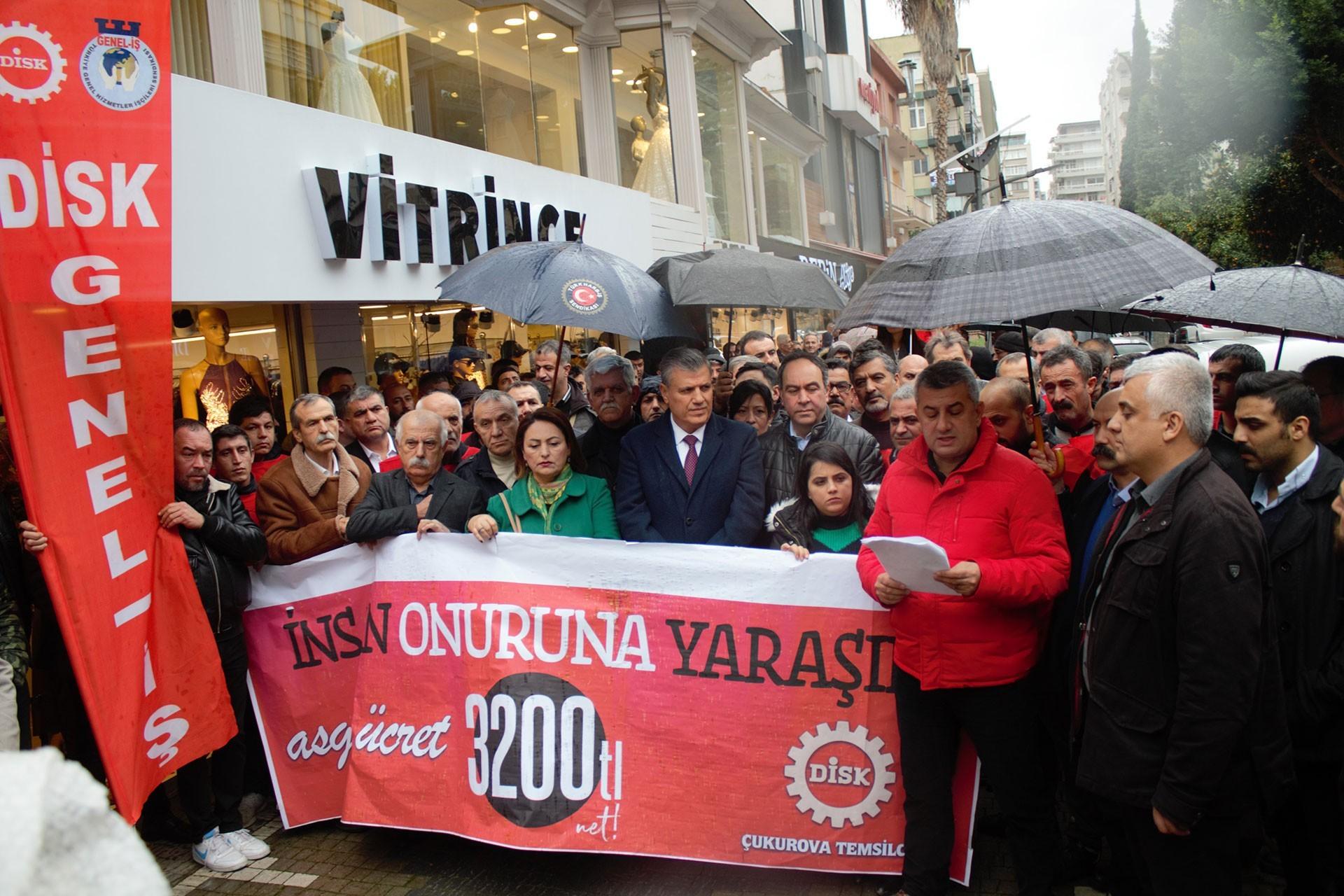 DİSK'in Adana'daki asgari ücret eylemi