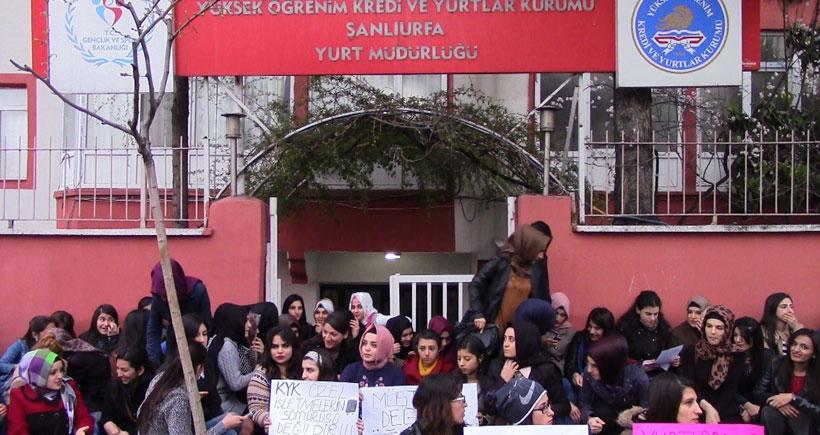 Kadın öğrencilerden KYK protestosu