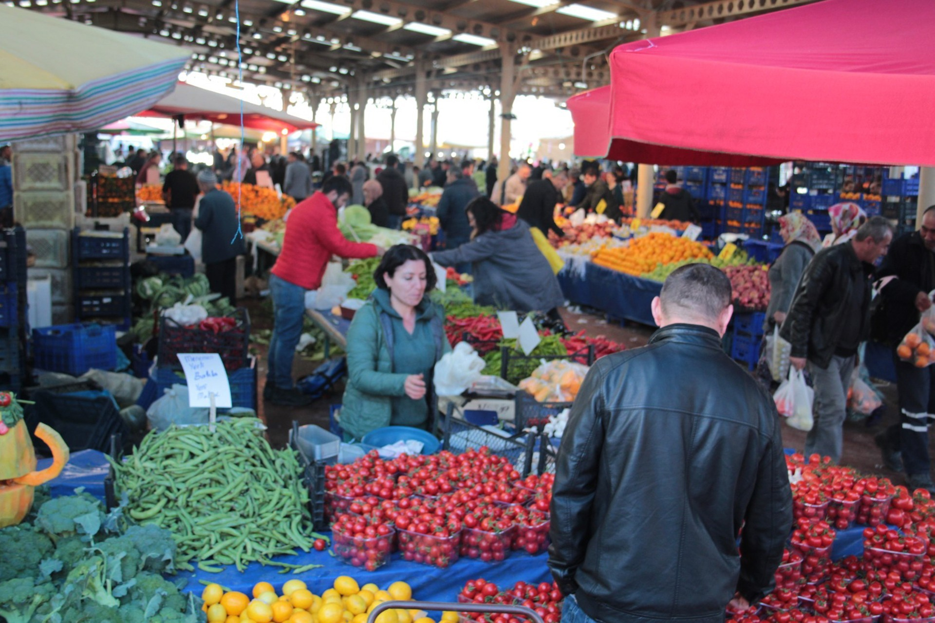 Aliağa pazarı