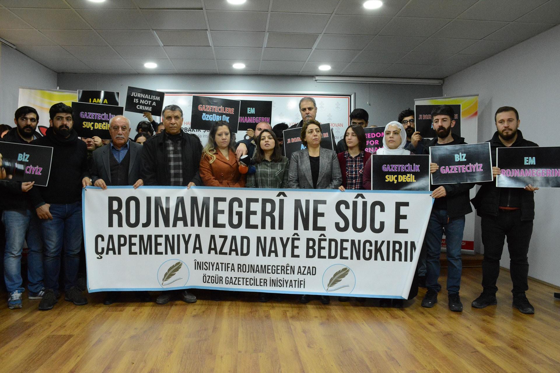 Diyarbakırlı gazetecilerin Aziz Oruç için yaptığı açıkmaladan