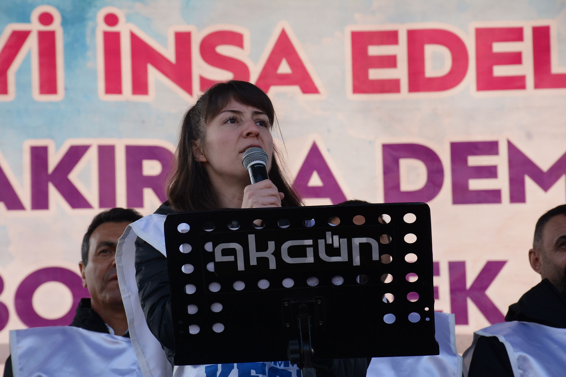 Diyarbakır'da toplumsal barış ve insanca yaşam mitingi.