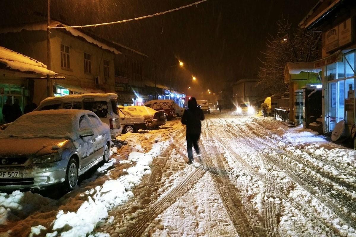 Adıyaman'da kar yağışı.