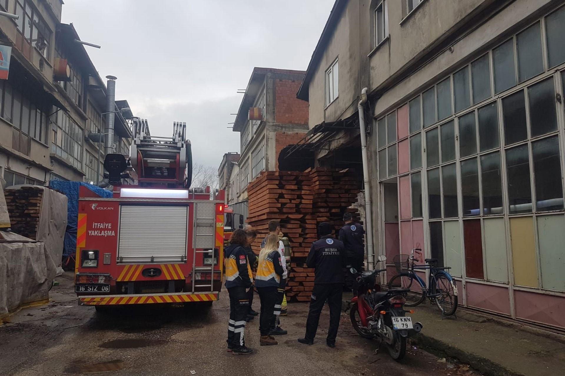 Bursa'da iş kazasının yaşandığı mobilya atölyesi