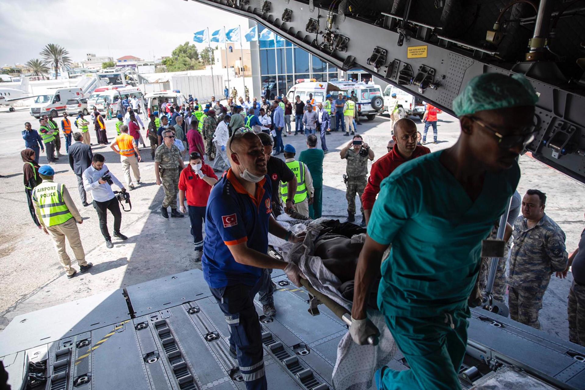 Saldırısında yaşamını yitiren yaralalılar tedavi için Türkiye'ye sevk ediliyor