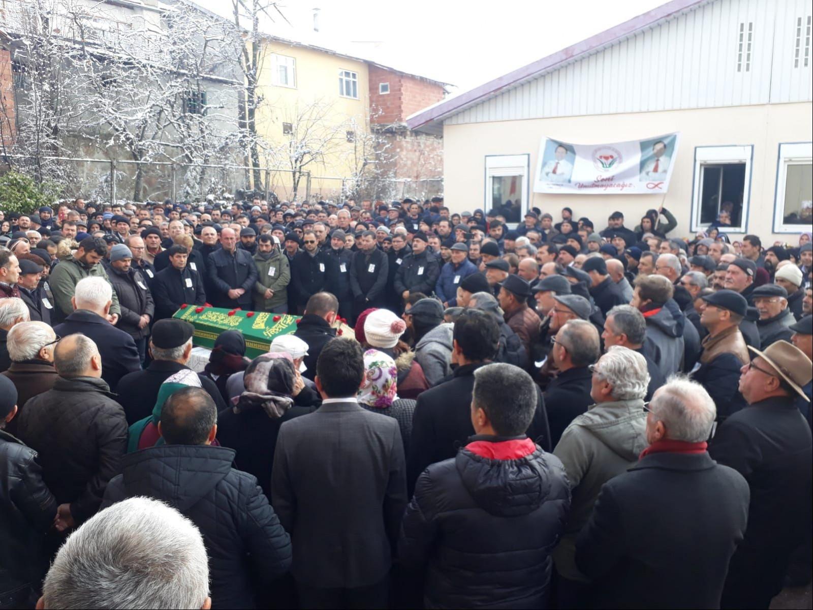 cenaze töreninden bir kare