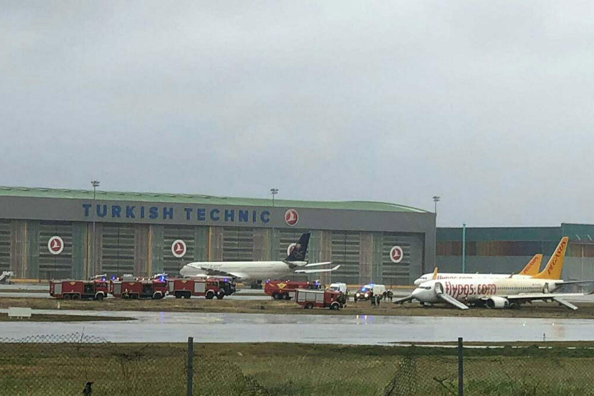 Sabiha Göçmen Havalimanında pistten çıkan uçak